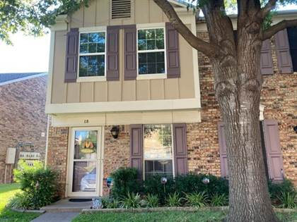 Residential for sale in 645 Carriagehouse Lane L8, Garland, TX, 75040