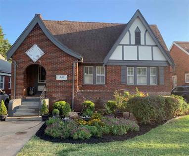 Residential Property for sale in 1909 W Broadway, Enid, OK, 73703