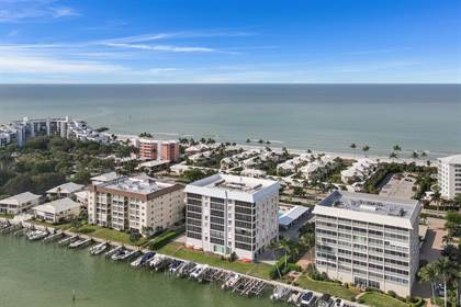 Residential Property for sale in 2650 Gulf Shore BLVD N 103, Naples, FL, 34103