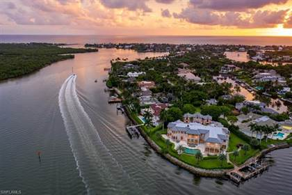 Residential Property for sale in 1000 Admiralty Parade, Naples, FL, 34102