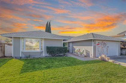 Residential for sale in 6814 Mewall Dr, San Diego, CA, 92119