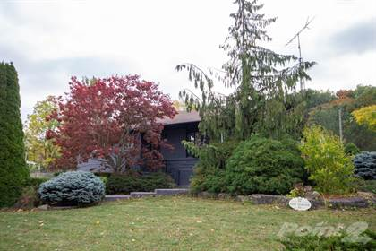 Residential Property for sale in 17 East Hampton, St. Catharines, Ontario, L2T 3E3