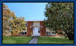 Multi-family Home for sale in 1013 27A Street N, Lethbridge, Alberta