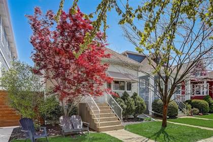 Residential Property for sale in 3725 North Spaulding Avenue, Chicago, IL, 60618