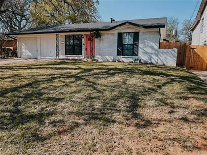 Residential for sale in 7205 Nosilla Street, Fort Worth, TX, 76112