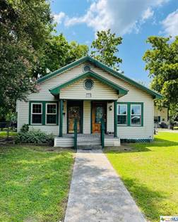 Residential Property for sale in 300 N Jefferson Avenue, Cameron, TX, 76520