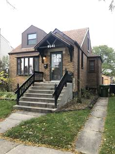 Residential for sale in 9541 South Francisco Avenue, Evergreen Park, IL, 60805