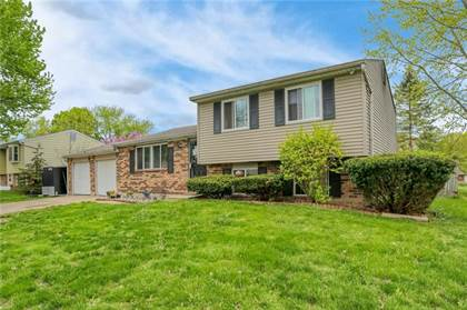Residential for sale in 7423 Broadview Drive, Indianapolis, IN, 46227