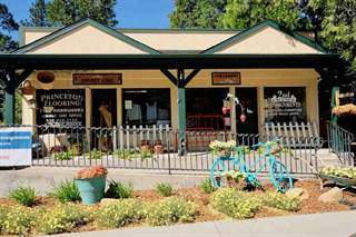 Multi-family Home for sale in 909 S Mt Shasta Blvd, Mount Shasta, CA, 96067