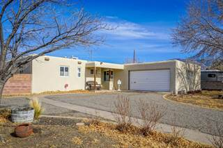 Single Family for sale in 10207 Snowheights Boulevard NE, Albuquerque, NM, 87112