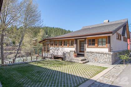 Single-Family Home for sale in 10051 Riverside Drive - DOWNTOWN TRUCKEE, Truckee, CA, 96161