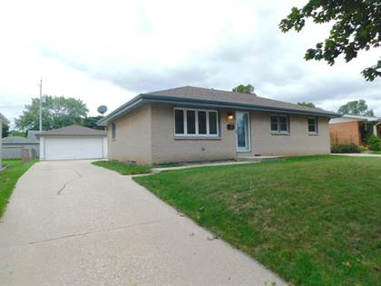 Residential Property for sale in 8107 W Sunbury Ct, Milwaukee, WI, 53219