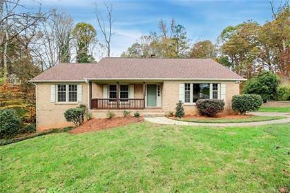 Residential Property for sale in 2727 Whiffletree Road, Charlotte, NC, 28210
