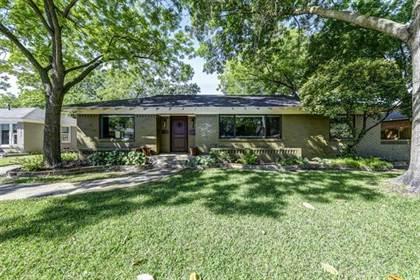 Residential for sale in 1638 Quadrangle Drive, Dallas, TX, 75228
