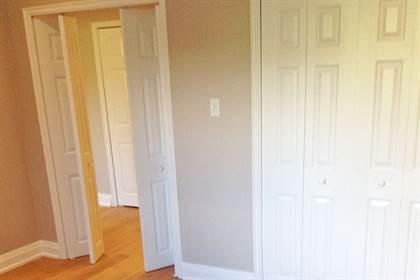 Apartment for rent in 135 Allan Street, Oakville, Ontario, L6J 3N4