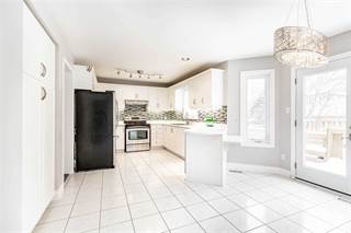Residential Property for sale in 414 Cundles Rd W, Barrie, Ontario