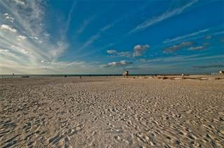 Condo for sale in 15 AVALON STREET 6G/604, Clearwater Beach, FL, 33767