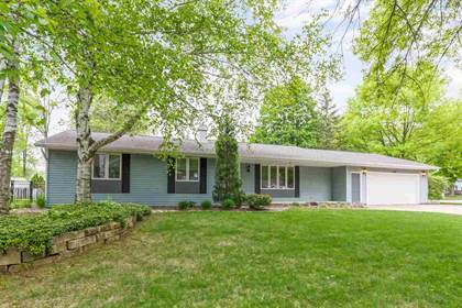 Residential Property for sale in 2130 KING JAMES Drive, Green Bay, WI, 54304
