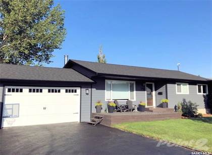 Residential Property for sale in 716 Alberta AVENUE, Kerrobert, Saskatchewan, S0L 1R0