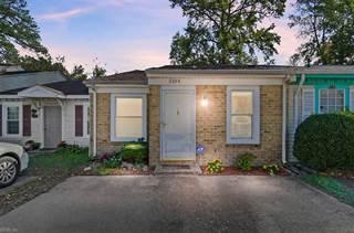 Townhouse for sale in 5104 Condor Street, Virginia Beach, VA, 23462