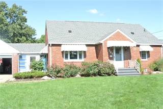 Single Family for sale in 721 Sterling Ave, Dover, OH, 44622