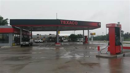 Commercial for sale in 6728 Davis Boulevard, North Richland Hills, TX, 76182