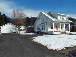 Single Family for sale in 441 Victory Ave, Grafton, WV, 26354