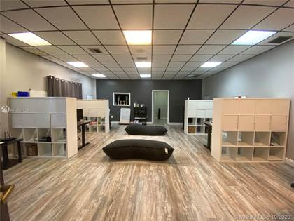 Commercial for rent in 4010 NW 36th Ave 102, Miami, FL, 33142