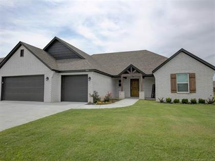 Residential Property for sale in 8317 Vintage Trace Drive, Claremore, OK, 74019