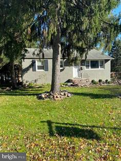 Residential for sale in 2045 HILLSIDE AVENUE, Feasterville Trevose, PA, 19053
