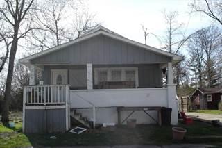 Single Family en venta en 413 Commercial, Benton, IL, 62812
