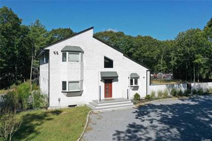 Residential Property for sale in 19 Indian Pipe Dr, Quogue, NY, 11959