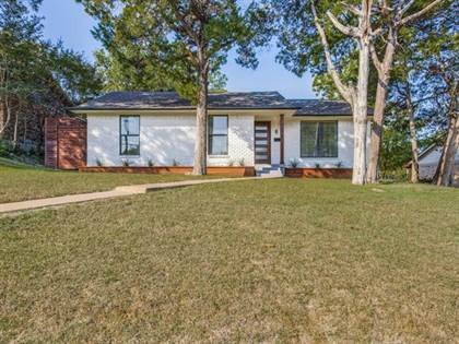 Residential for sale in 2619 Lanecrest Drive, Dallas, TX, 75228