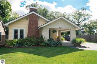 Single Family for sale in 922 Peninsula Drive, Traverse City, MI, 49686