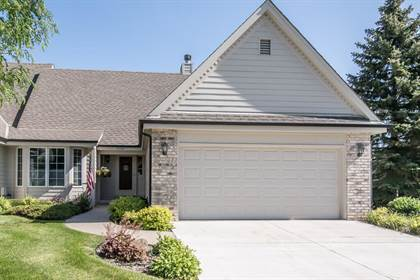 Residential Property for sale in 19360 W Stonehedge Dr B, Brookfield, WI, 53045