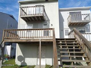 Townhouse for rent in 145 Sea Gull Lane, North Topsail Beach, NC, 28460