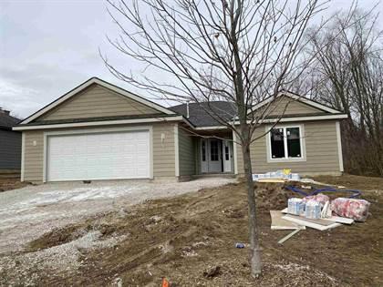 Residential for sale in 9910 W Woodland Ridge Ridge, Fort Wayne, IN, 46804