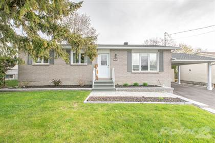 Residential Property for sale in 2760 Leonard Street, Rockland, Ontario