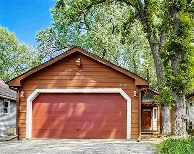 Residential Property for sale in 26247 North Walnut Avenue, Mundelein, IL, 60060
