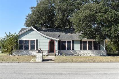 Residential Property for sale in 315 North Madison Street, Giddings, TX, 78942
