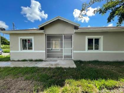 Residential Property for sale in 12198 SW 220th St, Miami, FL, 33170