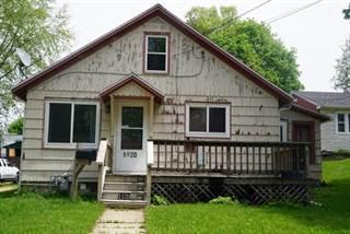 Single Family for sale in 1120 Hemlock Avenue, Dixon, IL, 61021