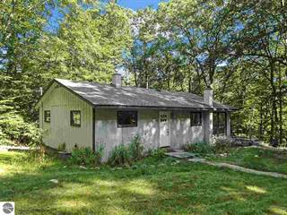 Multi-family Home for sale in 465 Peninsula Trail, Spider Lake, MI, 49686