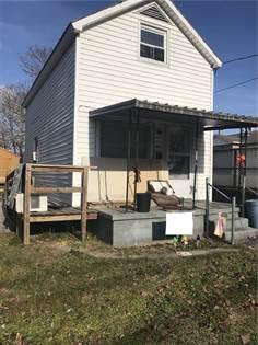 Residential Property for sale in 220 E Spruce ST, Covington, VA, 24426