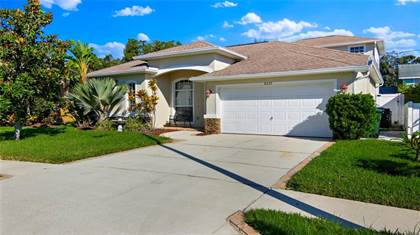 Residential Property for sale in 8237 WILD OAKS CIRCLE, Largo, FL, 33773
