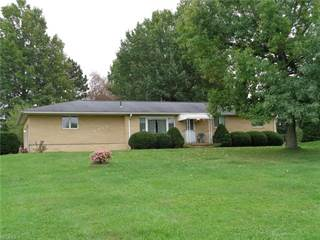 Single Family for sale in 1014 Bon Dr, Greater Sebring, OH, 44601