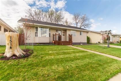 Residential Property for sale in 1514 11 Avenue NE, Medicine Hat, Alberta, T1A 6G8
