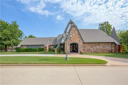 Residential for sale in 10700 Greenbriar Chase, Oklahoma City, OK, 73170