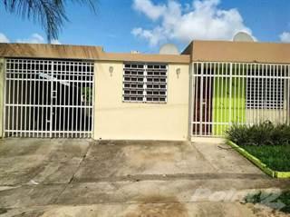 Residential Property for sale in Alturas de Bucarabones, Toa Alta, PR, 00953