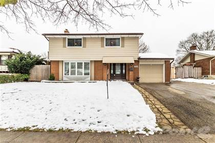Residential Property for sale in 103 MONTCALM Drive, Kitchener, Ontario, N2B 2R4